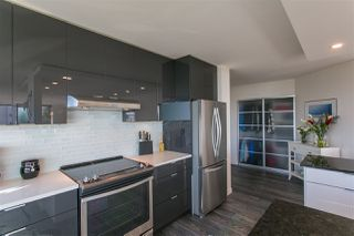 Photo 4: 307 1480 FOSTER Street: White Rock Condo for sale (South Surrey White Rock)  : MLS®# R2182129