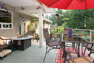 "Photo 10: 1004 TOBERMORY Way in Squamish: Garibaldi Highlands House for sale in ""Garibaldi Highlands"" : MLS®# R2193419"
