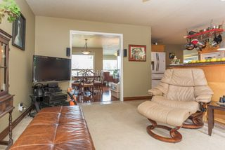 "Photo 8: 1004 TOBERMORY Way in Squamish: Garibaldi Highlands House for sale in ""Garibaldi Highlands"" : MLS®# R2193419"