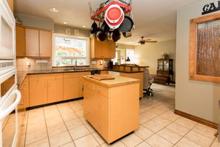 "Photo 9: 1004 TOBERMORY Way in Squamish: Garibaldi Highlands House for sale in ""Garibaldi Highlands"" : MLS®# R2193419"