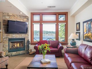 Photo 4: 101 2326 Harbour Rd in SIDNEY: Si Sidney North-East Condo for sale (Sidney)  : MLS®# 766436