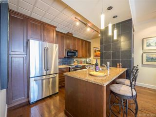 Photo 5: 101 2326 Harbour Rd in SIDNEY: Si Sidney North-East Condo for sale (Sidney)  : MLS®# 766436