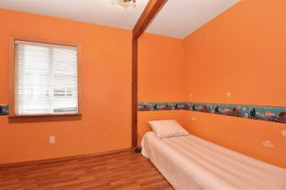 Photo 12: 3328 MONMOUTH Avenue in Vancouver: Collingwood VE House for sale (Vancouver East)  : MLS®# R2204492