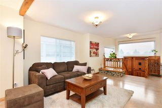Photo 3: 3328 MONMOUTH Avenue in Vancouver: Collingwood VE House for sale (Vancouver East)  : MLS®# R2204492