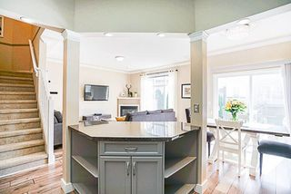 """Photo 5: 151 46360 VALLEYVIEW Road in Sardis: Promontory Townhouse for sale in """"CENTRE ROCK"""" : MLS®# R2207477"""