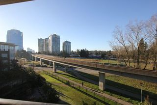 Photo 12: 313 13555 GATEWAY Drive in Surrey: Whalley Condo for sale (North Surrey)  : MLS®# R2226181