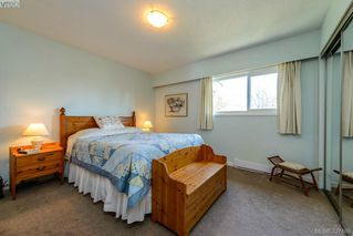 Photo 13: 1 1705 Feltham Road in VICTORIA: SE Lambrick Park Townhouse for sale (Saanich East)  : MLS®# 327469