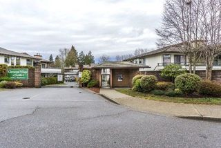 "Photo 2: 219 15153 98 Avenue in Surrey: Guildford Townhouse for sale in ""Glenwood Village"" (North Surrey)  : MLS®# R2233101"