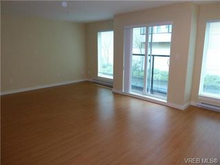 Photo 11: 204 1405 Esquimalt Road in VICTORIA: Es Saxe Point Residential for sale (Esquimalt)  : MLS®# 340664