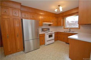 Photo 6: 271 Stuart Avenue in Winnipeg: North Kildonan Residential for sale (3G)  : MLS®# 1804623