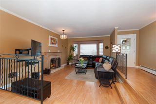 Photo 2: 2559 JASMINE Court in Coquitlam: Summitt View House for sale : MLS®# R2247124