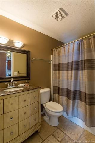 Photo 22: 681 Cassiar Crescent, in Kelowna: House for sale : MLS®# 10152287