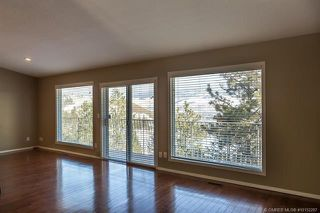 Photo 11: 681 Cassiar Crescent, in Kelowna: House for sale : MLS®# 10152287