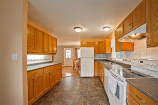 Photo 5: 9239 STAVE LAKE Street in Mission: Mission BC House for sale : MLS®# R2255488