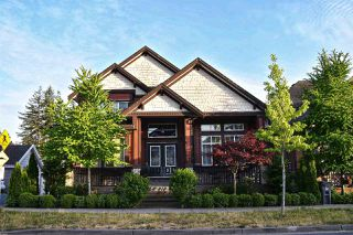 Photo 2: 12984 58B Avenue in Surrey: Panorama Ridge House for sale : MLS®# R2273122