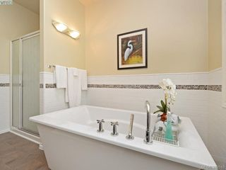 Photo 9: 4652 Boulderwood Drive in VICTORIA: SE Broadmead Single Family Detached for sale (Saanich East)  : MLS®# 392510