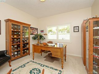Photo 10: 4652 Boulderwood Drive in VICTORIA: SE Broadmead Single Family Detached for sale (Saanich East)  : MLS®# 392510