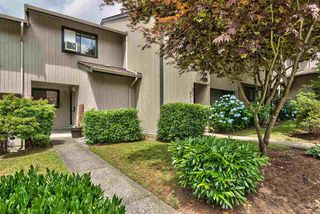 Photo 1: 889 CUNNINGHAM Lane in Port Moody: North Shore Pt Moody Townhouse for sale : MLS®# R2282877