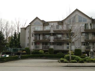 "Photo 13: 303 33478 ROBERTS Avenue in Abbotsford: Central Abbotsford Condo for sale in ""ASPEN CREEK"" : MLS®# R2295022"