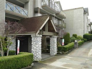 "Photo 1: 303 33478 ROBERTS Avenue in Abbotsford: Central Abbotsford Condo for sale in ""ASPEN CREEK"" : MLS®# R2295022"