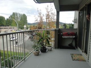 "Photo 10: 303 33478 ROBERTS Avenue in Abbotsford: Central Abbotsford Condo for sale in ""ASPEN CREEK"" : MLS®# R2295022"