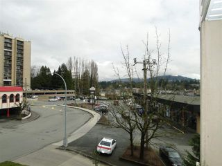 "Photo 11: 303 33478 ROBERTS Avenue in Abbotsford: Central Abbotsford Condo for sale in ""ASPEN CREEK"" : MLS®# R2295022"