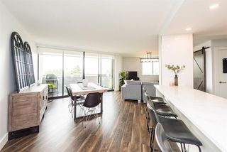 """Photo 5: 402 3920 HASTINGS Street in Burnaby: Willingdon Heights Condo for sale in """"INGLETON PLACE"""" (Burnaby North)  : MLS®# R2298394"""