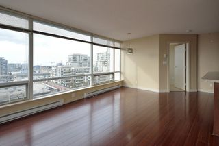 "Photo 9: 1205 8288 LANSDOWNE Road in Richmond: Brighouse Condo for sale in ""VERSANTE"" : MLS®# R2300169"