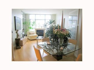 "Photo 5: 1304 1050 SMITHE Street in Vancouver: West End VW Condo for sale in ""THE STERLING"" (Vancouver West)  : MLS®# R2304873"