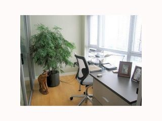 """Photo 7: 1304 1050 SMITHE Street in Vancouver: West End VW Condo for sale in """"THE STERLING"""" (Vancouver West)  : MLS®# R2304873"""