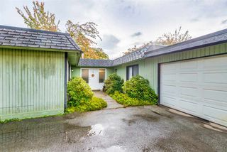 Photo 1: 7489 MARTIN Place in Mission: Mission BC House for sale : MLS®# R2320082