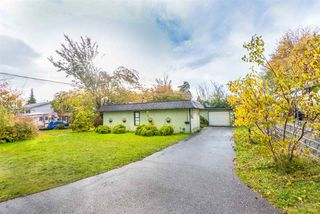 Photo 2: 7489 MARTIN Place in Mission: Mission BC House for sale : MLS®# R2320082