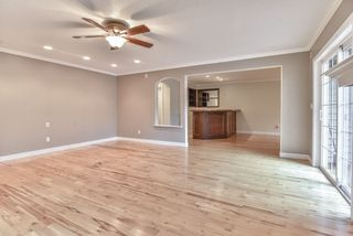 Photo 5: 20870 48 Avenue in Langley: Langley City House for sale : MLS®# R2320633