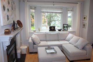 Photo 4: 1938 ADANAC Street in Vancouver: Hastings 1/2 Duplex for sale (Vancouver East)  : MLS®# R2331927