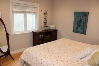 Photo 13: 1938 ADANAC Street in Vancouver: Hastings House 1/2 Duplex for sale (Vancouver East)  : MLS®# R2331927