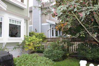 Photo 2: 1938 ADANAC Street in Vancouver: Hastings 1/2 Duplex for sale (Vancouver East)  : MLS®# R2331927