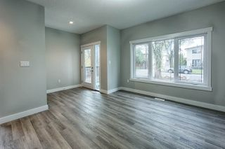 Photo 2:  in Edmonton: Zone 23 House Half Duplex for sale : MLS®# E4147770