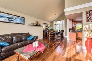 Photo 4: 2391 MARIANA Place in Coquitlam: Cape Horn House for sale : MLS®# R2355577