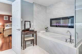 Photo 13: 2391 MARIANA Place in Coquitlam: Cape Horn House for sale : MLS®# R2355577