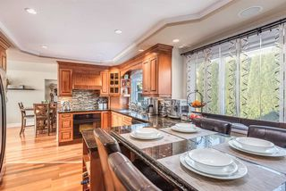 Photo 7: 2391 MARIANA Place in Coquitlam: Cape Horn House for sale : MLS®# R2355577