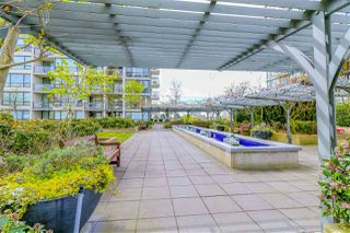 Photo 4: 1105 7535 ALDERBRIDGE Way in Richmond: Brighouse Condo for sale : MLS®# R2357715