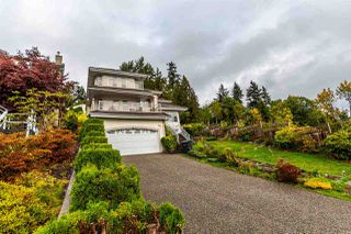 Main Photo: 2261 MONASHEE Court in Coquitlam: Coquitlam East House for sale : MLS®# R2359584