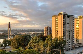 "Main Photo: 1004 47 AGNES Street in New Westminster: Downtown NW Condo for sale in ""FRASER HOUSE"" : MLS®# R2362612"