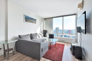 "Photo 1: 3003 928 BEATTY Street in Vancouver: Yaletown Condo for sale in ""The Max"" (Vancouver West)  : MLS®# R2362909"