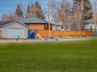 Photo 41: 3407 MORLEY Trail NW in Calgary: Banff Trail Detached for sale : MLS®# C4243656