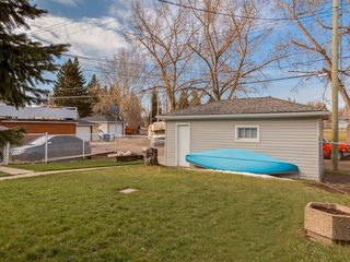 Photo 37: 3407 MORLEY Trail NW in Calgary: Banff Trail Detached for sale : MLS®# C4243656
