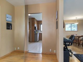 Photo 3: 3407 MORLEY Trail NW in Calgary: Banff Trail Detached for sale : MLS®# C4243656