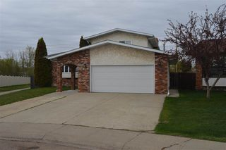 Photo 2: 12316 151A Avenue in Edmonton: Zone 27 House for sale : MLS®# E4157042