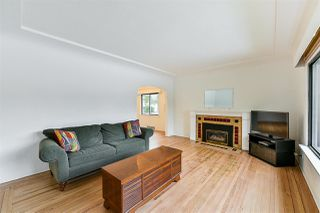 Photo 2: 502 KELLY Street in New Westminster: Sapperton House for sale : MLS®# R2380015