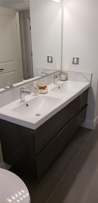 Photo 10: 943 VEDDER Crescent in Prince George: Spruceland House for sale (PG City West (Zone 71))  : MLS®# R2383544